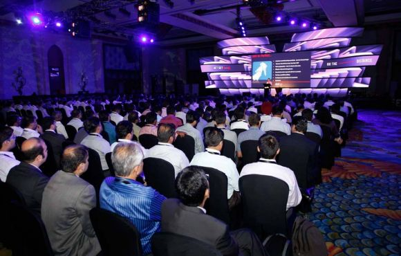 Dealers Meet in Dubai – Apollo